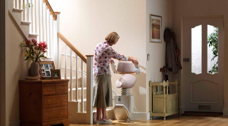Les types de monte-escaliers pour les personnes âgées